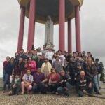 Jovens fazem peregrinação ao Trono de Fátima