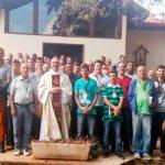 Retiro reúne 81 homens casados